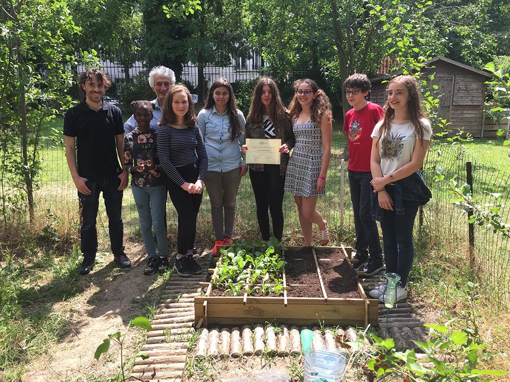 Les radiculteurs de la Cité scolaire Paul Valéry (Paris 12e) lauréats du prix Perrin de Brichambaut 2017